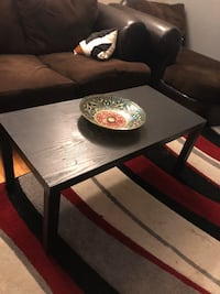 Rectangular brown wooden coffee table New York, 10465