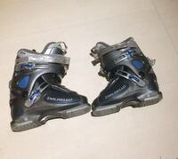 Pair of black-and-blue Dalbello boots negotiable Laval, H7V