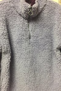 Lilac pullover/ sweater, new Lincoln, 02865