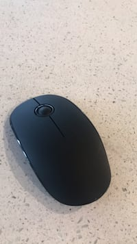 Wireless mouse  Cambridge, N3H 4R6