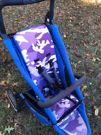 Excellent condition PHIL&TEDS CAMO UNIVERSAL  STROLLER AND CAN SIT 2 Rockville, 20851