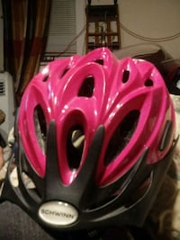 girls bicycle helmet made by Schwinn Knoxville, 21758