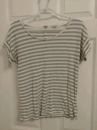 Size M - Old Navy striped tee