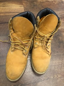 Size 9M timberlands