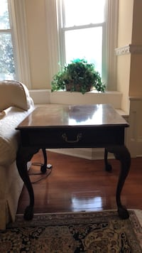 Henredon table Baltimore, 21210