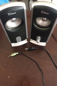 USB powered speakers  East Gwillimbury, L9N
