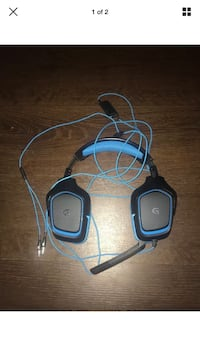 black and blue corded headset Clarksburg, 20871