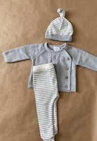 Mud Pie Grey 3 Piece Outfit  Herndon, 20171