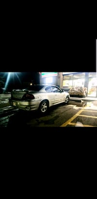 Pontiac - Grand Am - 2001 Edmonton, T5P 1X6
