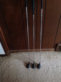 3 pieces Wilson metal woods $5.00 each just great for cheater clubs!! Antioch, 60002