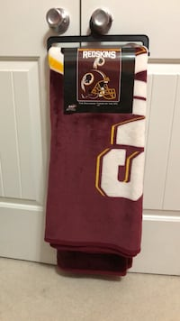 NEW!! Redskins Oversized Silk Touch Throw King George, 22485