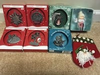 Lot of Christmas Ornaments Hoover, 35244