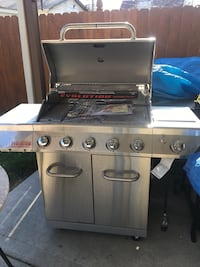 stainless steel gas grill with gas grill Chicago, 60609