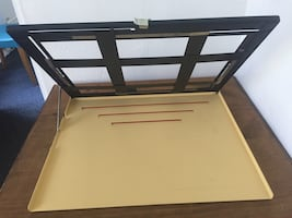 PHOTO EASEL  EVER USED,