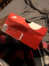 red and white Nike basketball shoes Houston, 77040