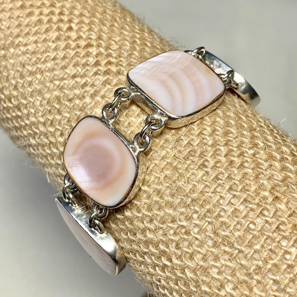 Vintage Sterling Silver Mother of Pearl Bracelet 5cf21458-a7e7-4aa9-bcc5-599656951254
