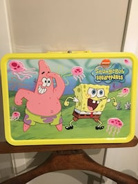 Collectable Vintage Spongebob Large Suitcase Guelph, N1G 1H2