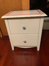 White wood nightstand Franklin Park, 60131
