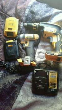 DeWalt cordless hand drill with charger  Salem, 97305