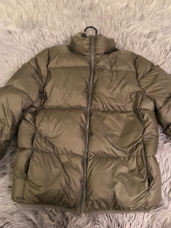 Olive Green Down Feather Puff Jacket e72a6be9-0fa2-4a97-a01f-0d4dcaf52629