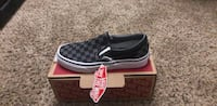 unpaired gray and black checkerboard Vans Classic slip-on sneaker with box Las Vegas, 89117