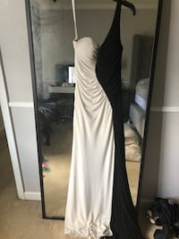 Black and white dress size 4 Stafford, 22556
