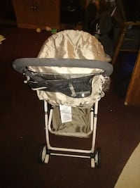 Great for twins.... 2- Tan and black stroller's Ellisville, 39437