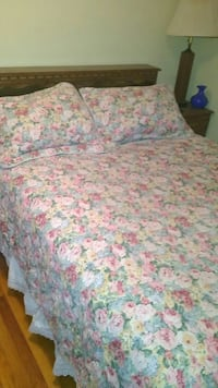 white, pink, and green floral bed sheet set Orange County