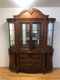 China Cabinet Roslyn Heights
