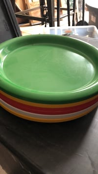 round green and red ceramic bowl Broadlands, 20148