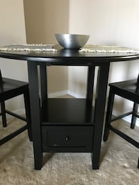Black hightop muti-shaped table and chairs Arlington, 22202