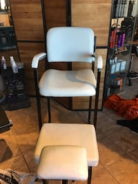 Pedicure/make up chair and stool   Brampton, L6V 2T6