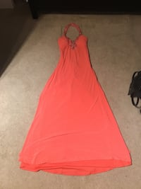 Salmon colored long dress size 1/2 great condition New York
