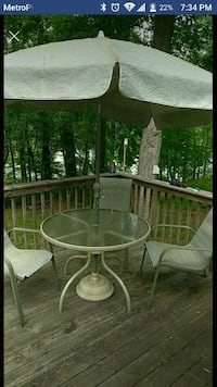 Patio set with 3 chairs Gainesville, 30506