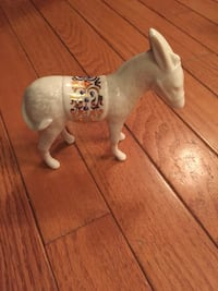 white and brown horse figurine Bel Air, 21014