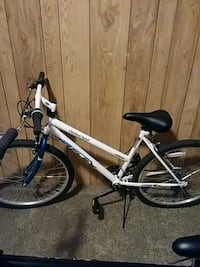 """Its a 26"""" 18 speed bike u would have to pick it up Lexington, 61753"""