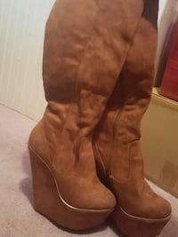 pair of brown suede knee-high boots Monroe, 50170