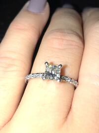 Princess cut engagement ring - beautiful!! Vancouver, V6A 4C1