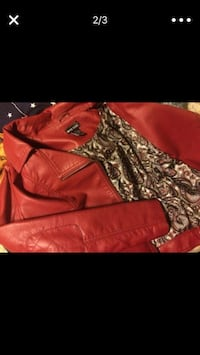 red leather zip-up jacket Federal Way, 98003
