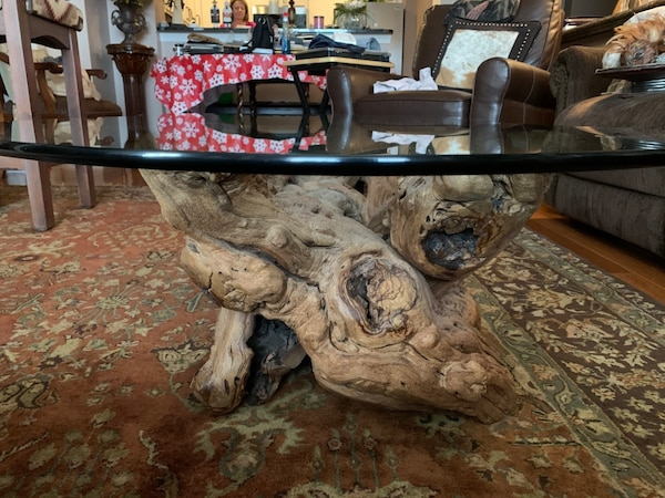 Must sell by Wed  Grapevine -Old Vines Coffee Table authentic, elegant 481a5c8f-c5fa-48da-adc5-83850ef47d7d