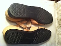 Clarkes leather sandals Sz 7  VANCOUVER