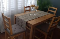 Dining Table with 4 chairs and cushions  Markham, L3T 0C4