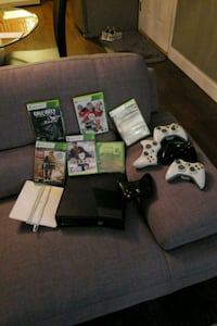 Xbox One console with controller and game cases Coquitlam, V3E 2P8