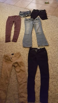 Women's jeans various sizes 3 to 7 Heyburn, 83336