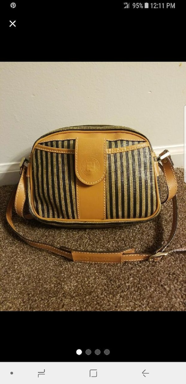 62408a72c3 Used Authentic vintage 1925 Fendi Roma Italy purse for sale in Elkhart -  letgo
