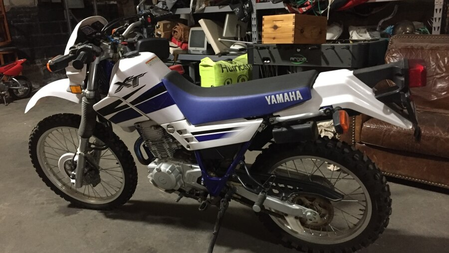 used white and blue yamaha xt 2001 in oklahoma city