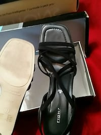 pair of black leather open toe heels in box Norfolk, 23509