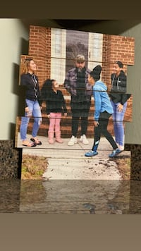 Wood pallet family photos Suffolk, 23434