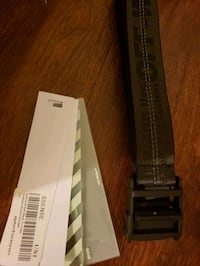 Off-white industrial belt brand new  Ottawa, K1R