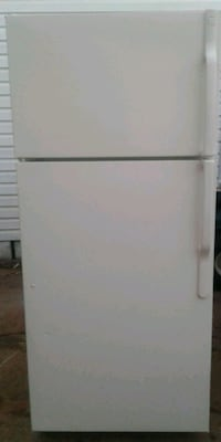 Ge Hotpoint Refrigerator 17 cubic ft